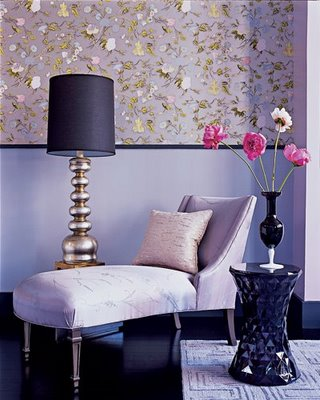 model_home_06 Elle Decor chaise lounge purple wallpaper flowers
